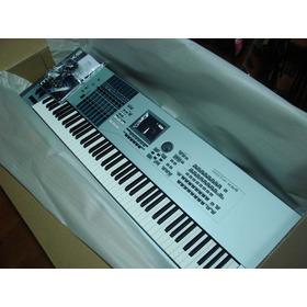Yamaha Motif Xs8 - 76-key Workstat Workstatio