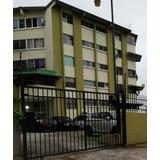 Apartamento En Alquiler En Parque Lefevre 20-6099 Hel
