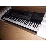 Korg Pa-600 Professional 61-key Arranger Keyboard
