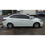 Hyundai Accent Blanco 2014 Negociable.